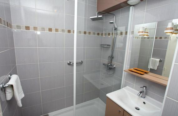 Salle de bain des Terrasses de Borda